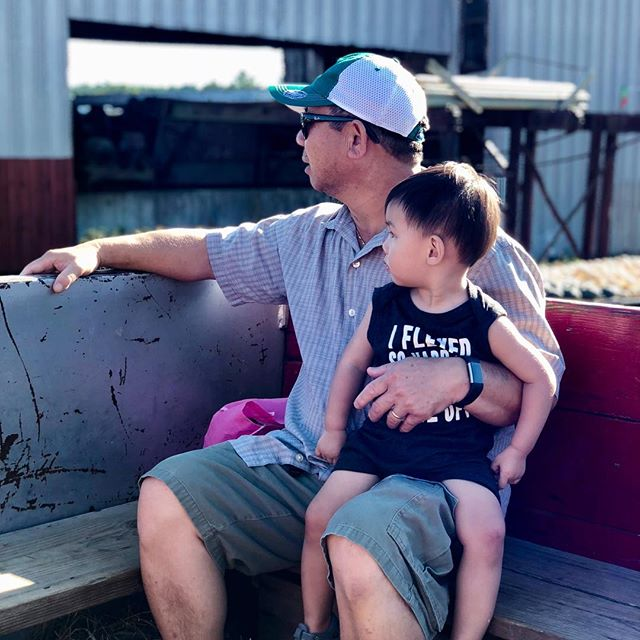 He takes after his grandpa so much, from his facial expressions to his manerisms. Im so thankful to have family close by and are able to have their support in helping us raise our family. ❤️ . . . . . #ouiouibebe #family #ohana #grandpa #love #grandparents #grandpasfavorite #momlife #momblogger #mommyblogger