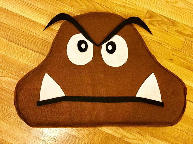 Toddler costume ready!! Anyone recognize it? Cant wait for him and his friends to get together for trick-or-treating as the MarioBros gang. Goomba or 💩 😅🤣 . . . . . #ouiouibebe #costume #halloween #goomba #goombanotpoop #mariobros #mariobrosparty #trickortreat #smellmyfeet #sewingproject #sewing #diy #kidscostume #momlife #momblogger #mommyblogger