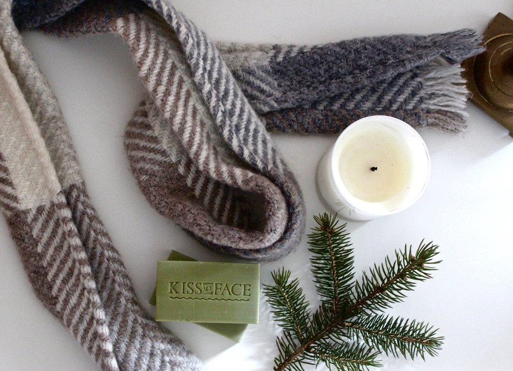 Christmas_Soap_Olive_Aloe_4.jpg