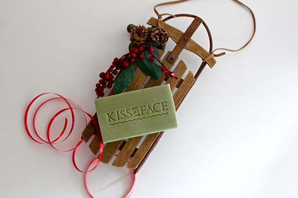Christmas_Soap_Olive_Aloe_2.jpg