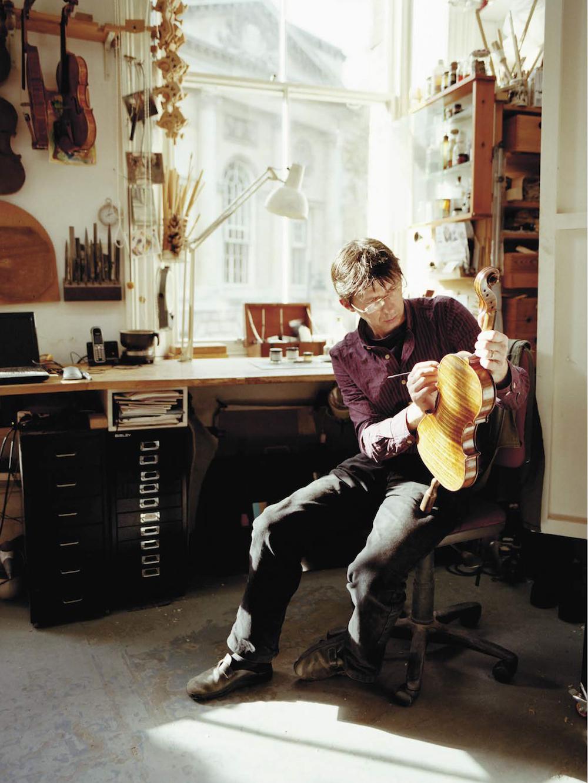 Andreas Hudelmayer - Maker of Violins, Violas and Cellos.