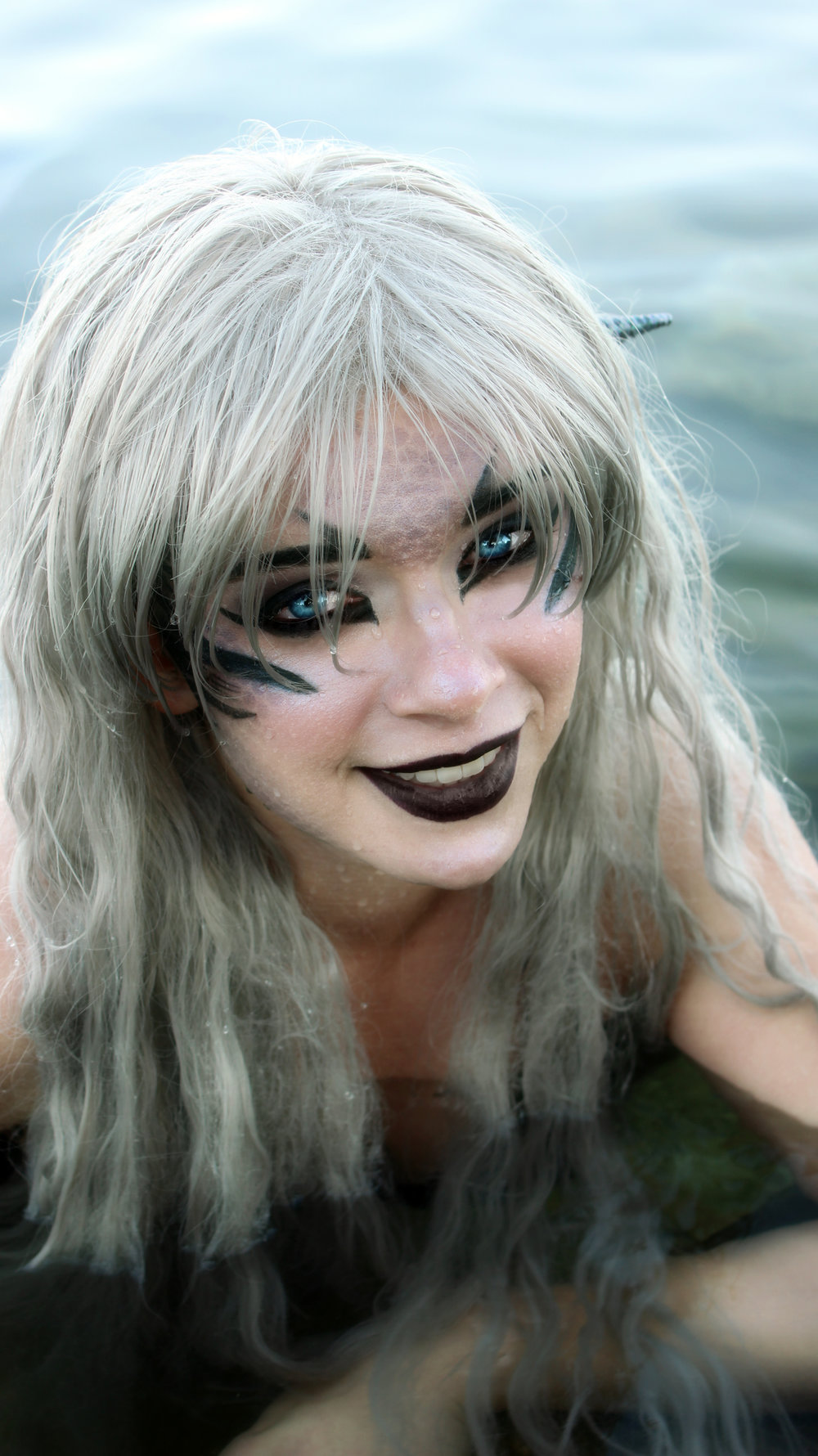 SIREN PICTURES AND VIDEOS: Could this be a real life siren? Sirens are creatures from mythology who's appearance and tendencies have changed over the course of human history. From bird-like predators to sea-faring enchantresses, sirens have a long history! Mermaid Phantom is a water fiend of Lake Michigan. To see her pictures and watch her videos, please click this image. #sirens