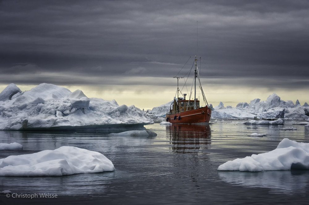 Fischerboat in the Arctic Ocean I.jpg