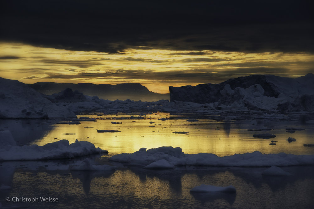 Midnight Sun over the Arctic Ocean II.jpg