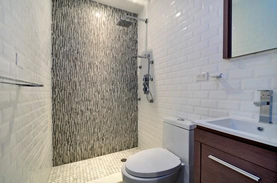 Modern, Spotless Bathroom