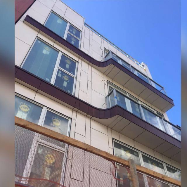 238 richardson condo building exterior.JPG