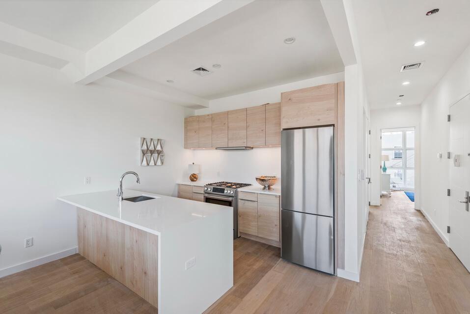 Spacious Design of NYC Apartment