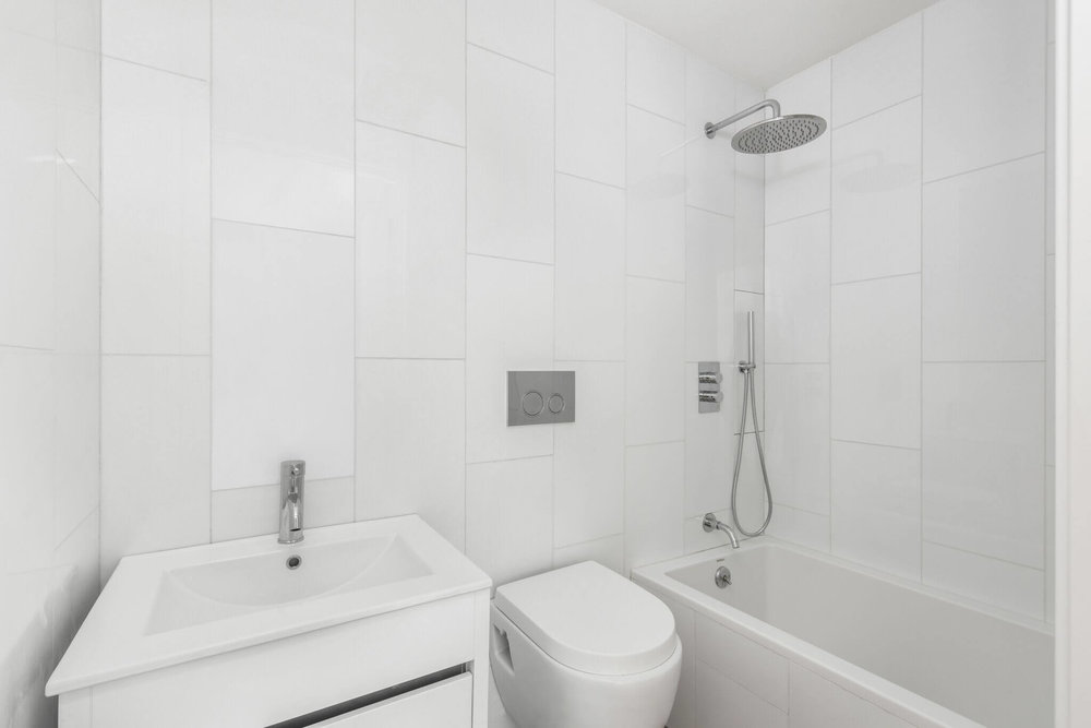 Bathroom Design in Carrol St Luxury building