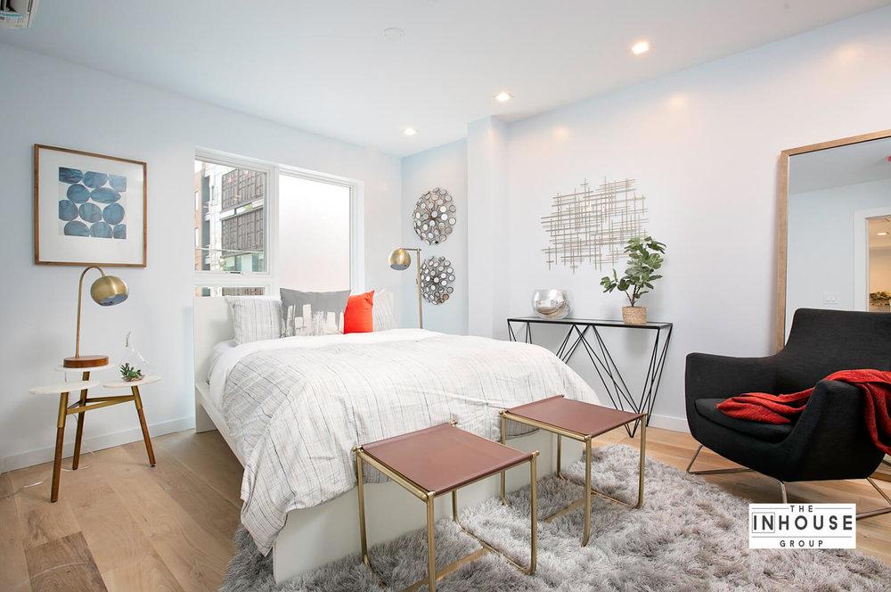 Trendy Decor of Master Bedroom