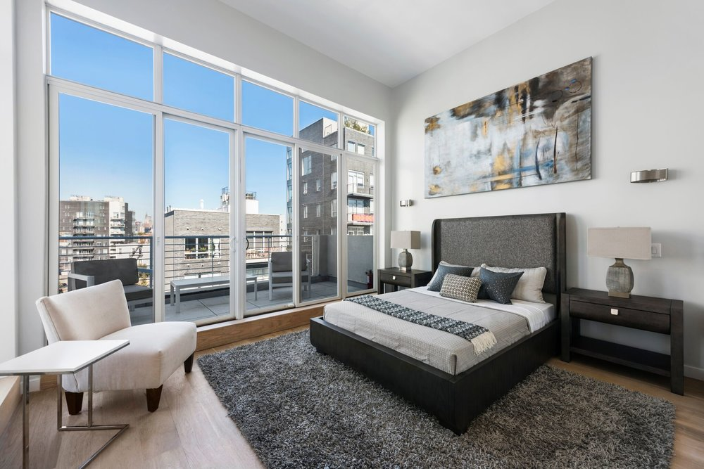 Elegant Master Suite in Greenpoint Condo