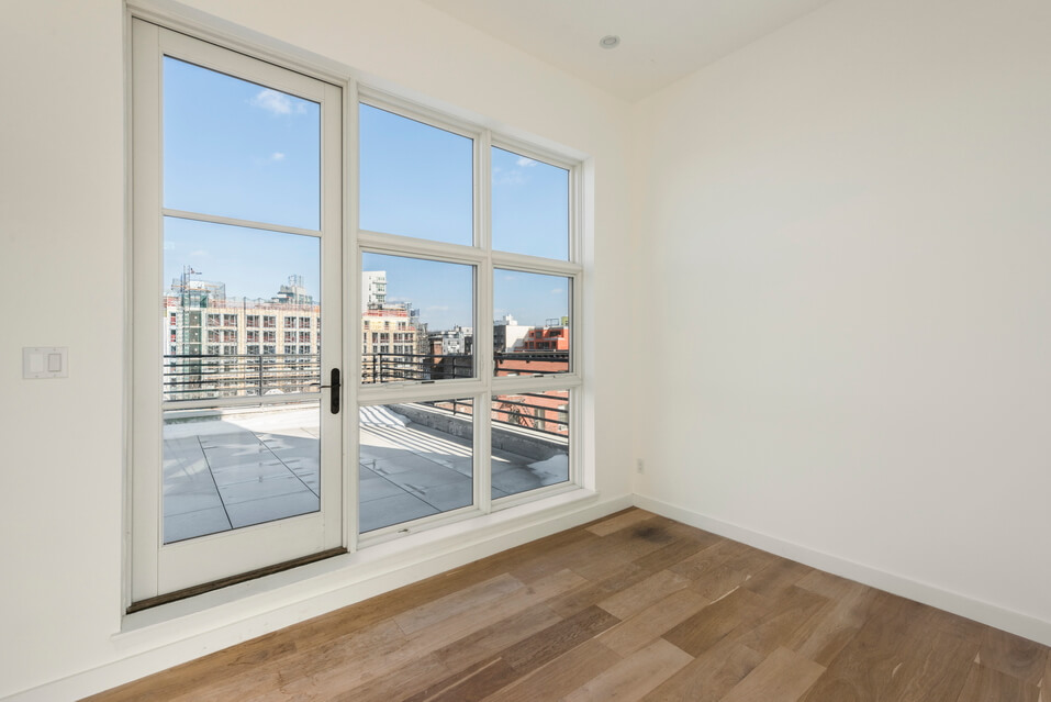 404 GRAND STREET BROOKLYN UNIT PH 4B__6_resize.jpg