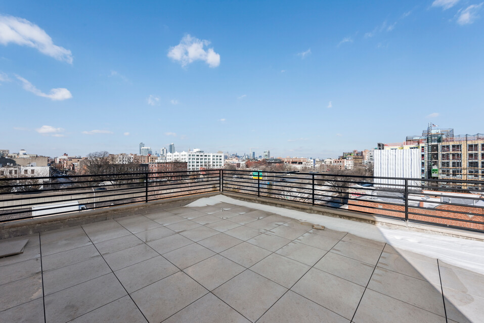404 GRAND STREET BROOKLYN UNIT PH 4B__8_resize.jpg