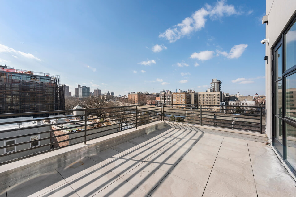 404 GRAND STREET BROOKLYN UNIT PH 4B__10_resize.jpg