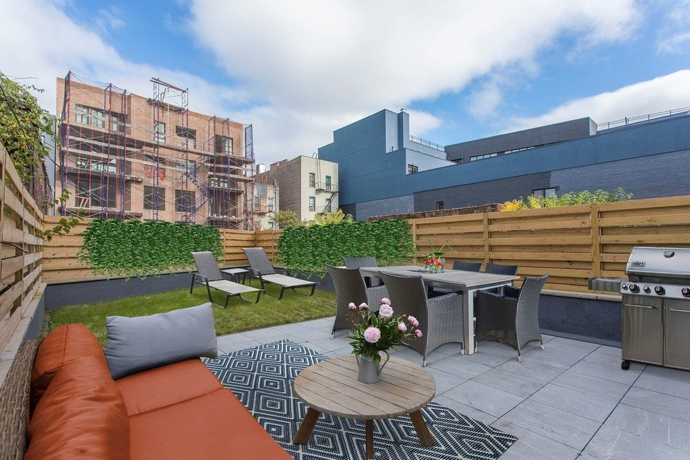 Fully Furnished Rooftop Patio
