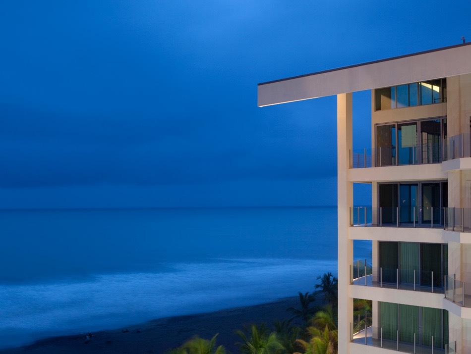 Oceanfront-Condo-in-Costa-Rica-182835863_5616x3744.jpg