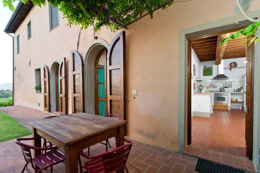 Tuscan-villa-artist-workshop-patio.jpg