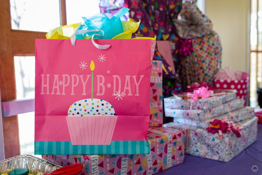 IronOakStudios_Salerno_Cake_Smash_Birthday_FranklinSquare_Pavilion (4 of 22).jpg