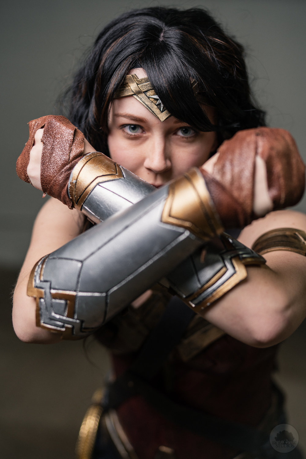 IronOakStudios_Phila_ComicCon_WonderWoman_Cosplay-4.jpg