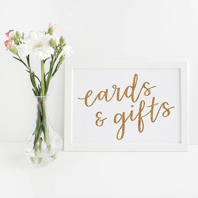 I always love seeing my mockups & stock photos in use by my customers, it is absolutely my favourite thing about creating and selling them! :⠀⠀⠀⠀⠀⠀⠀⠀⠀ Today I want to share this work from @lettersbyinsia who specialises in hand-lettering & illustrations. She runs an Etsy shop and offers different personalised products. I am especially in love with her custom illustrated wedding maps & har calligraphy origami note. I am proud to have her as a customer and I cannot wait to see what she'll create in the future.💐
