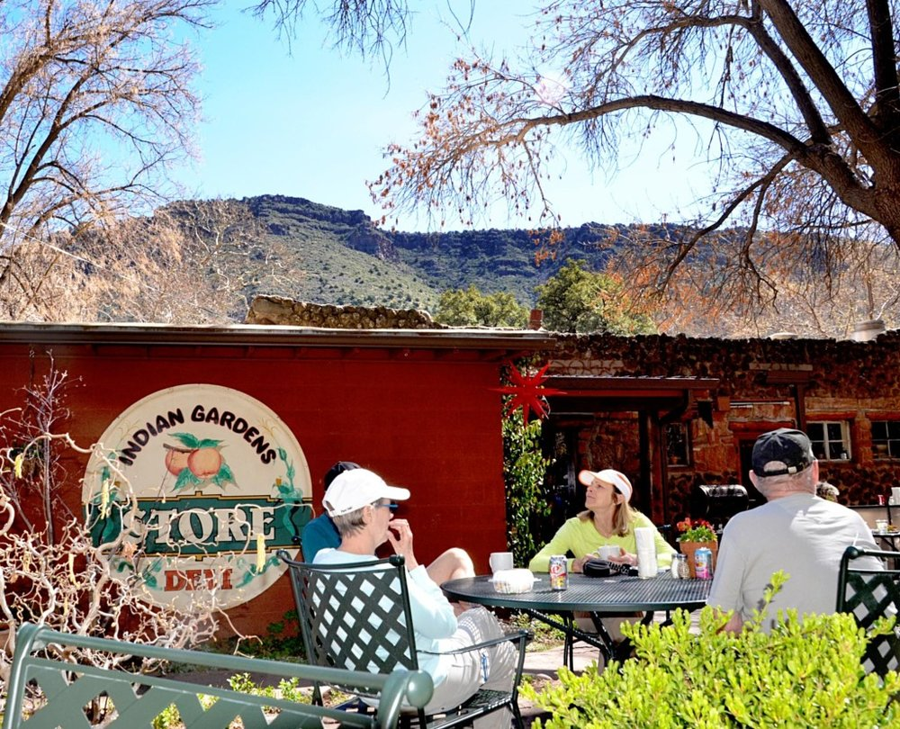 Every time you visit a new place, you expect to try new and fresh food that you can't get anywhere else. Sedona has plenty of restaurants catering to every taste.