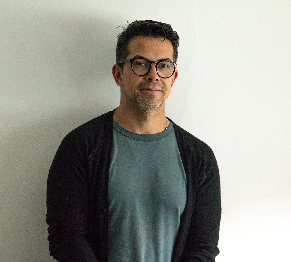 Claudio Arriagada   Diretor de Criação (JLR)