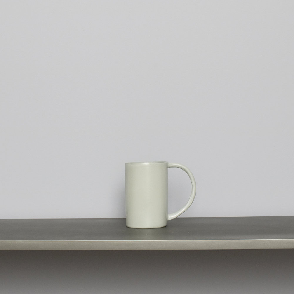 Lt Gray Esbelta Coffee Mug