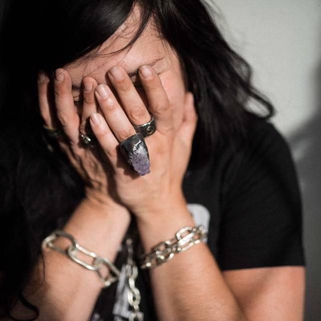 Betty Jäeger - PRONOUNS: She/HerMEDIUMS: Silver JewelryWEBSITES: Instagram