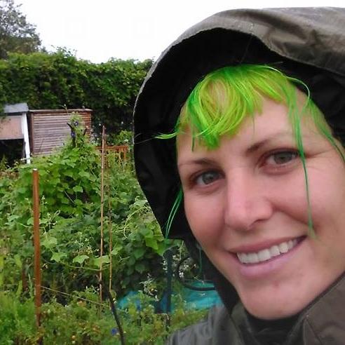 Jess Bergman Tank - PRONOUNS: She/HerMEDIUMS: Sculpture, Metal Casting, SmithingWEBSITES: Instagram - Facebook