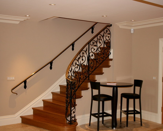 9f91267606b283f3_9772-w550-h440-b0-p0--traditional-staircase.jpg