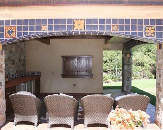 75a149f50434537b_5390-w550-h440-b0-p0--southwestern-patio.jpg