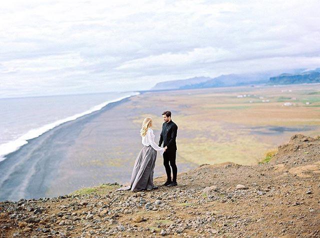 Друзья, тем временем я выложил в блог фото со свадьбы в Исландии! Активная ссылка на серию в профиле!