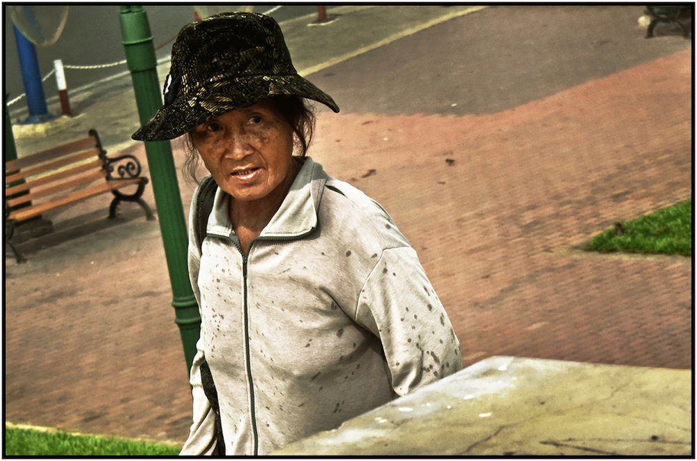 Impoverished woman, Saigon/HCMC, Dec. 2015. #3381