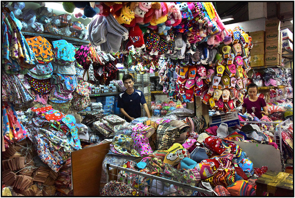 Merchant-Store Owners, Binh Tay Market, Cholon, Saigon/HCMC. #4006