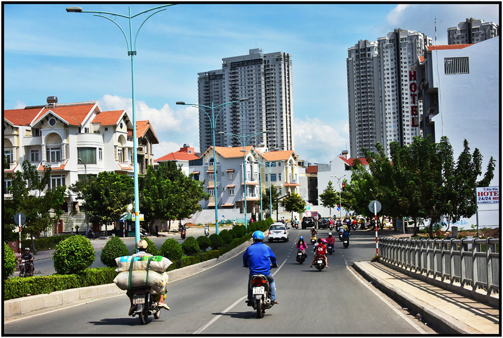 High and low rise luxury condo development, Saigon/HCMC. #5510