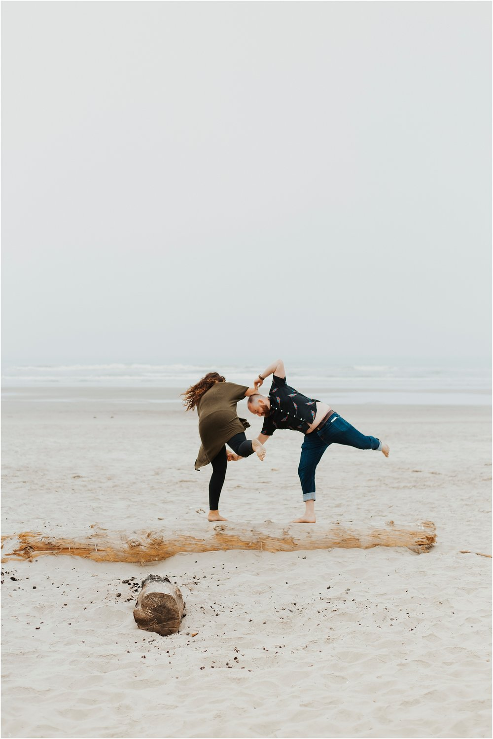NAte+Hannah_AdventureCoupleSession_Oregon_Edit-79.jpg