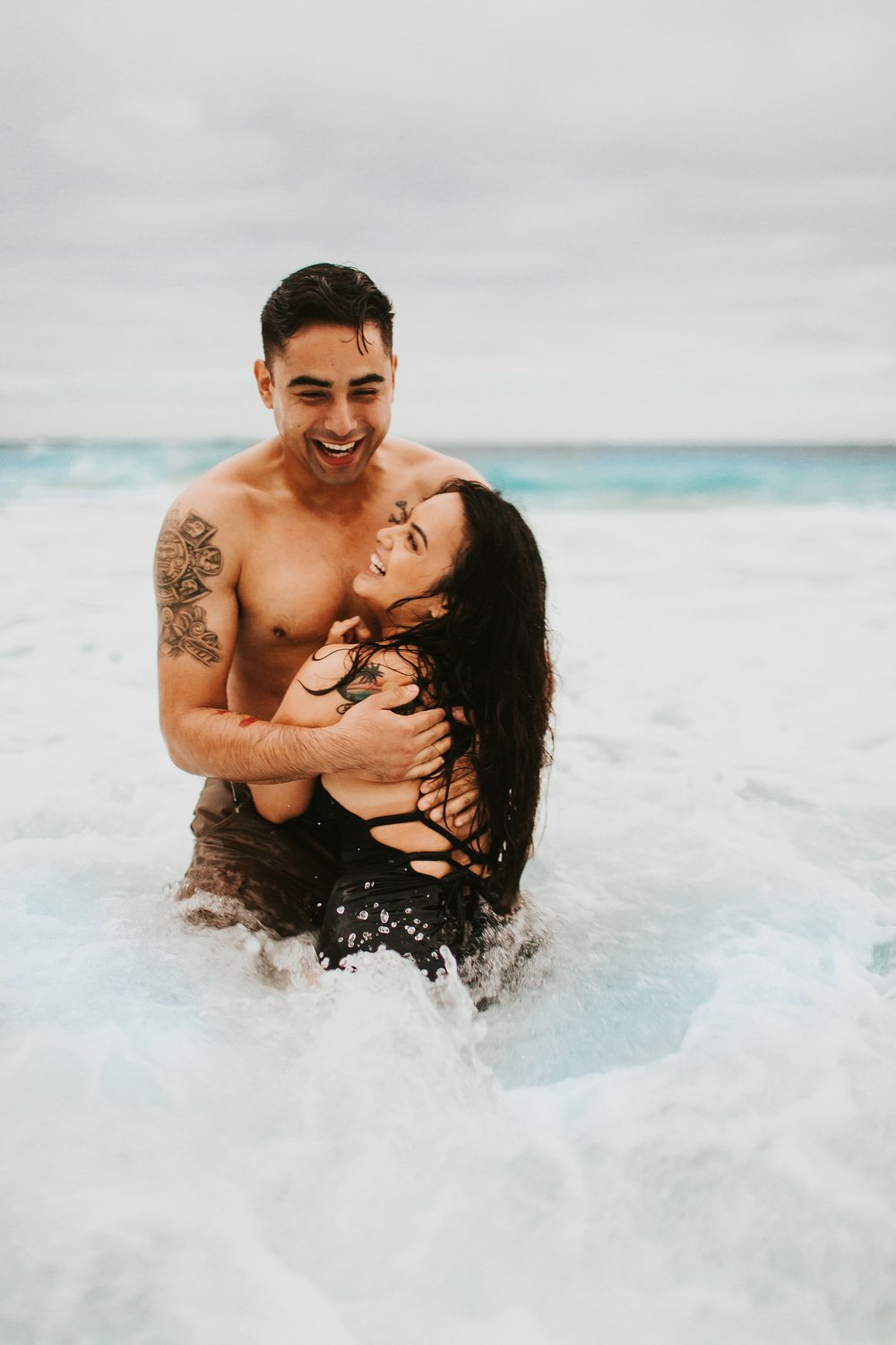 Jenize_Eduardo_Oahu_Hawaii_Couple_Session-28.jpg