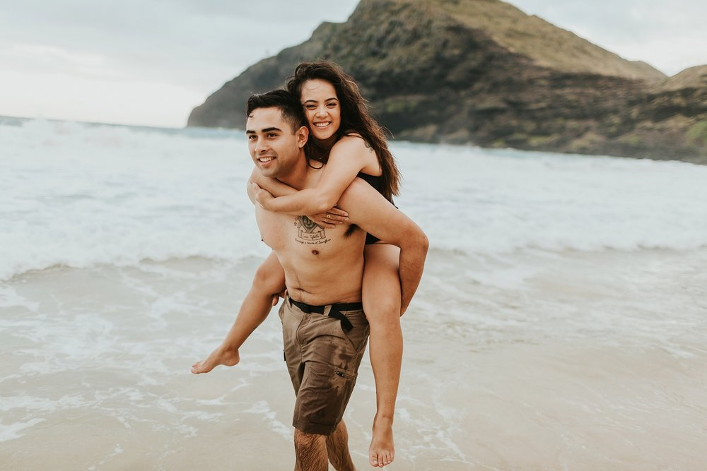 Jenize_Eduardo_Oahu_Hawaii_Couple_Session-24.jpg