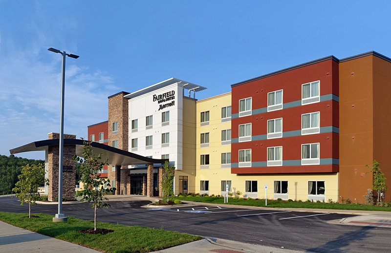 Fairfield_Inn_Decorah_0002.jpg
