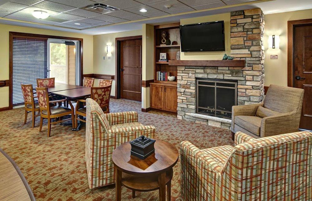 Thompson Hills 2nd floor lounge (1).jpg