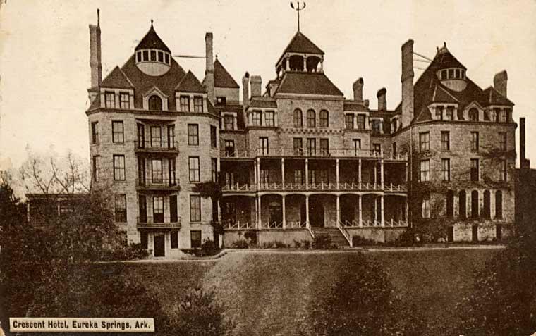 Crescent_Hotel,_Eureka_Springs,_Arkansas_-_circa_1886.jpg