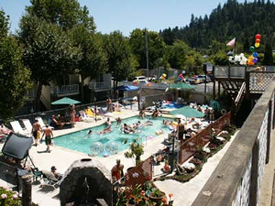 woodsresort-ca1.jpg