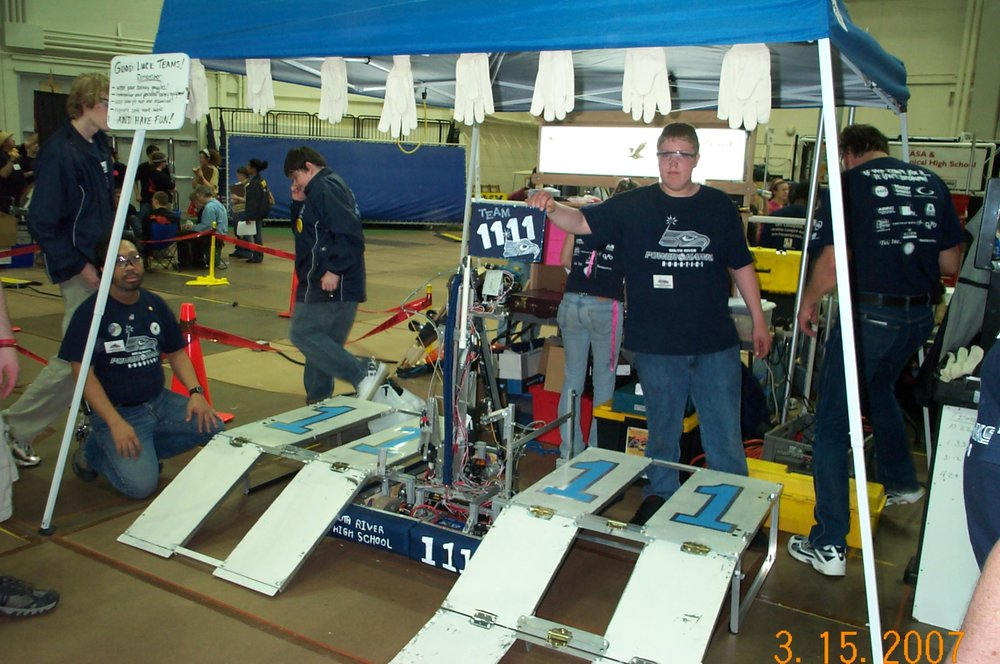 Heavy Mettle was our robot for Rack 'n RollSM in 2007. No further information currently available.