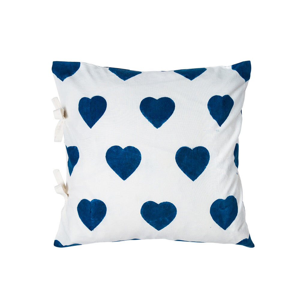 Small Coeur Pillow Cover