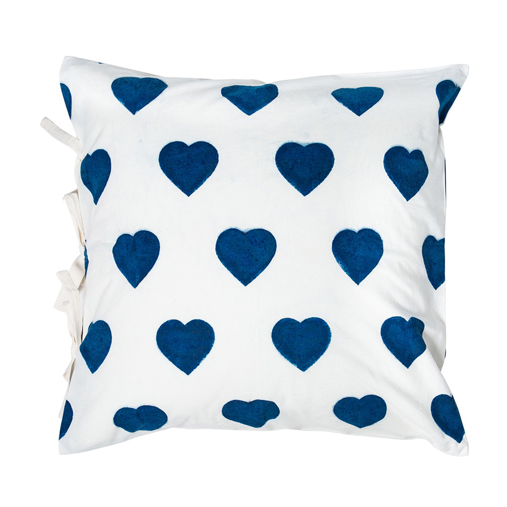 Medium Coeur Pillow Cover