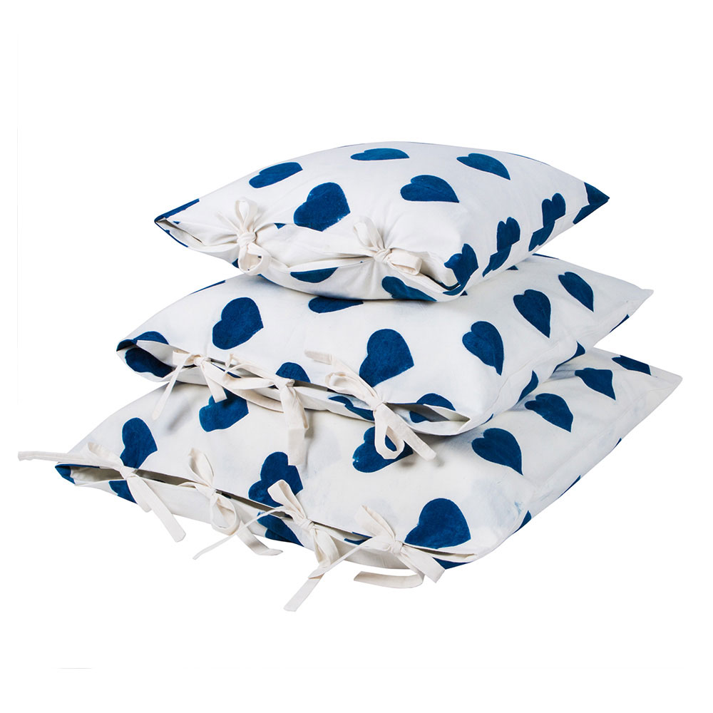Coeur Pillow Covers (medium)