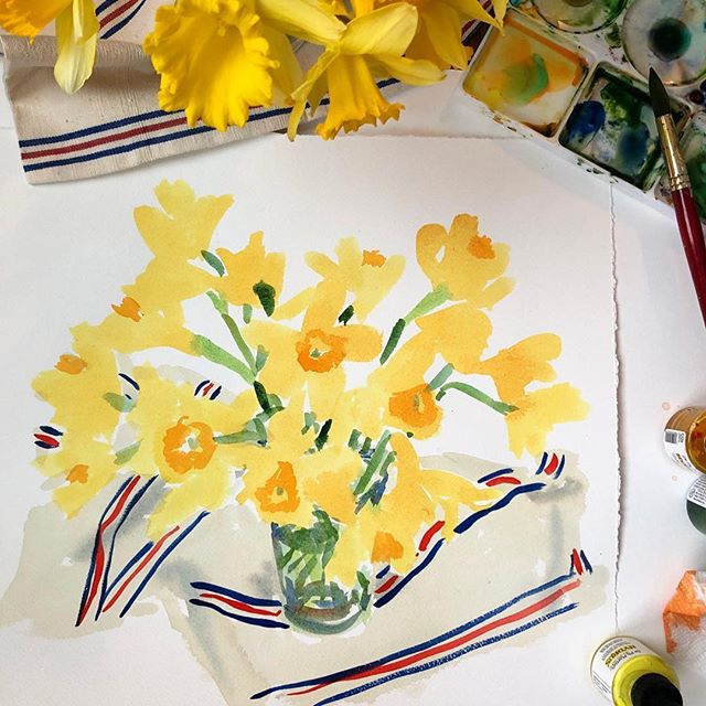 Love spotting our Ines throw in a painting by @caitlinmcgauley! 💙❤️💛 #marynstyle