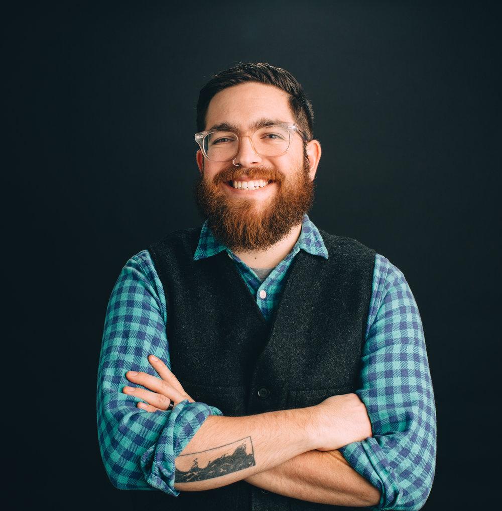 Jon Misarski - Graphic Designer