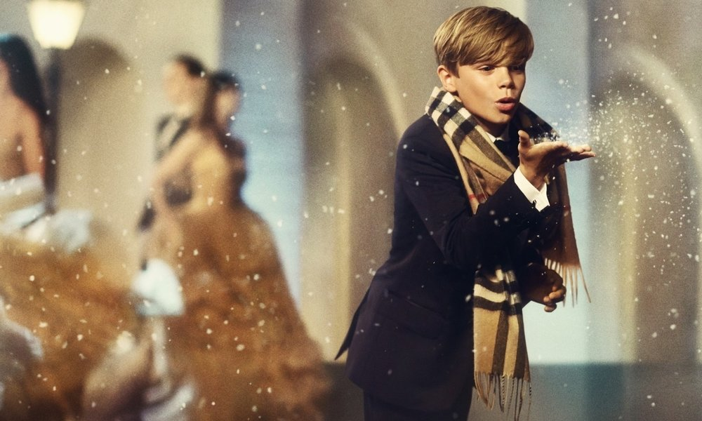 DARYL CHASE  Burberry Festive