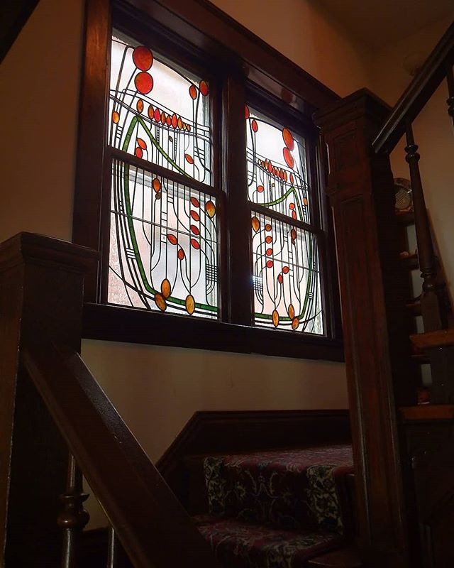 Revisiting this alluring beauty in Old Louisville.  #sorrymrmackintosh #gordonglass