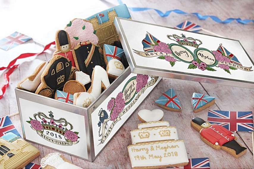 meghan-markle-prince-harry-wedding-day-biscuits-01.jpg